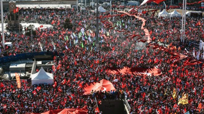 Turkey Failed Coup: Tens of Thousands in Pro-democracy Rally