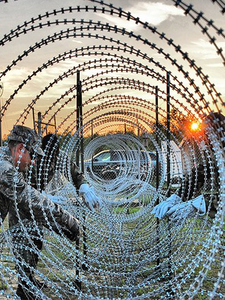 Barbed Wire Mesh For Military Security