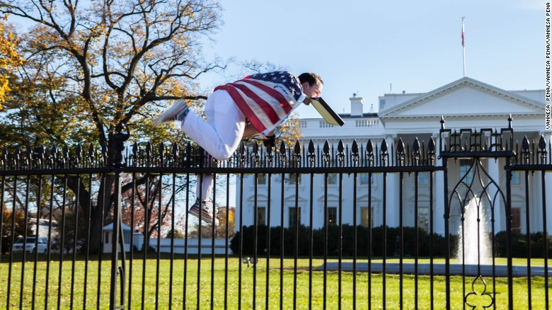 Higher White House Fence Cears Hurdle